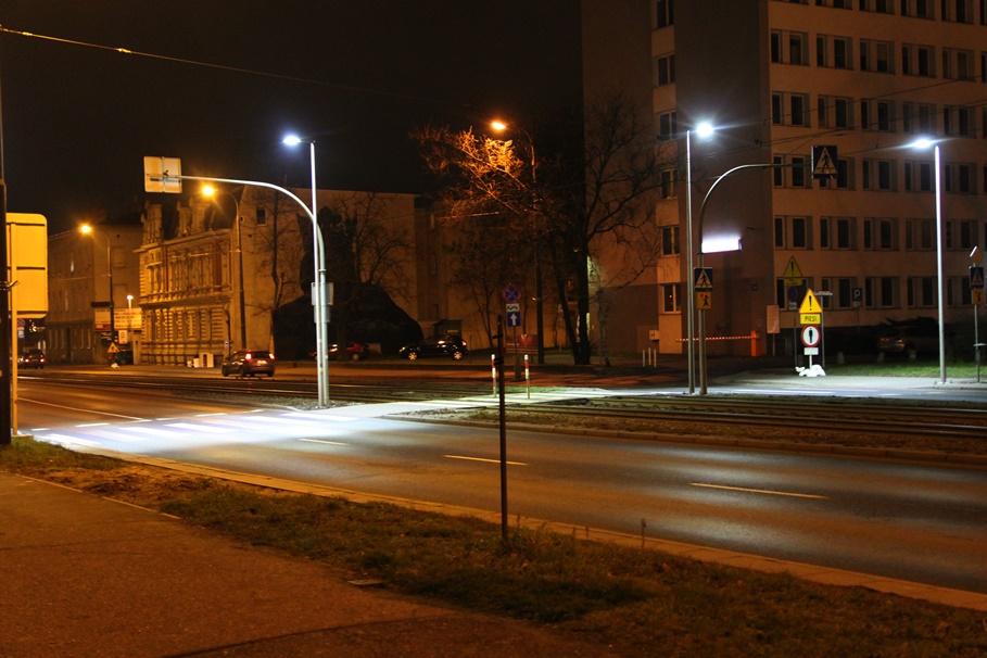 Jagiellońska - doświetlone przejście dla pieszych - SF (1)
