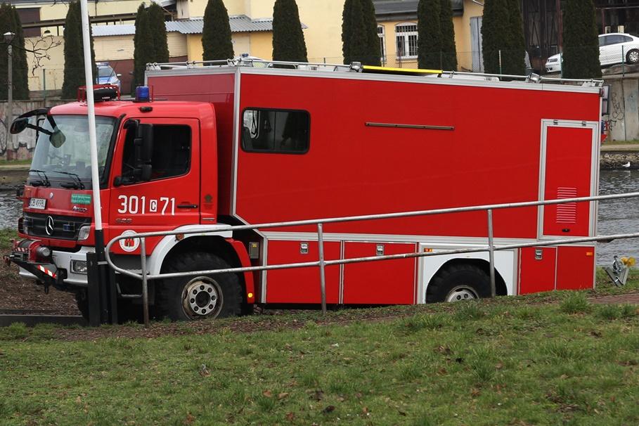 straż pożarna - na sygnale - SF-1