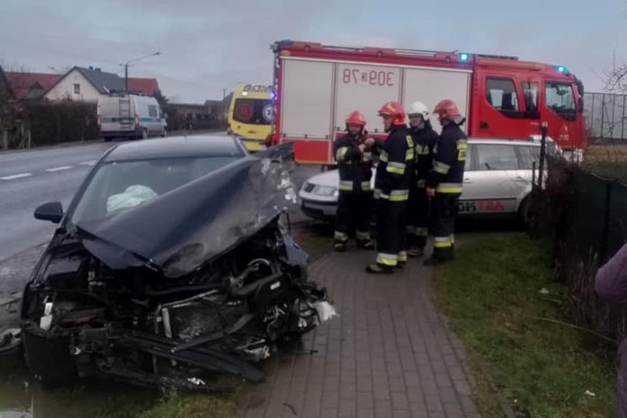 wypadek, dk10, kruszyn - ast motors (2)