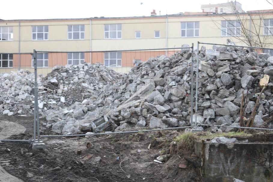 Wyburzenia - budowa osiedla Industria_ Moderator - SF (15)