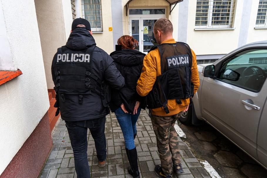 zatrzymani_ rozbicie agencji towarzyskiej Wyżyny - KWP Bydgoszcz-1