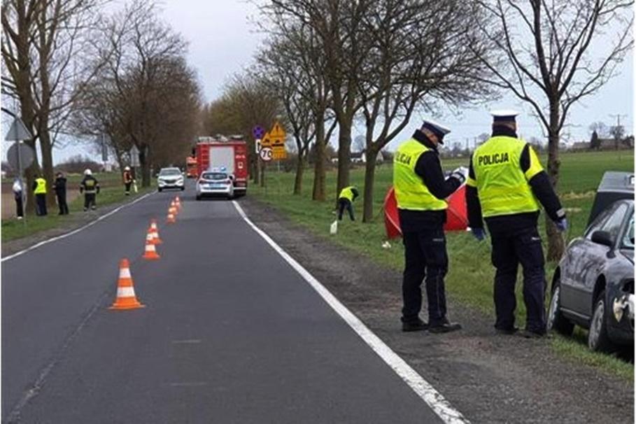 14-04-2020_ wypadek DK62 Stodólno, pow. mogileński_ OSP Strzelno