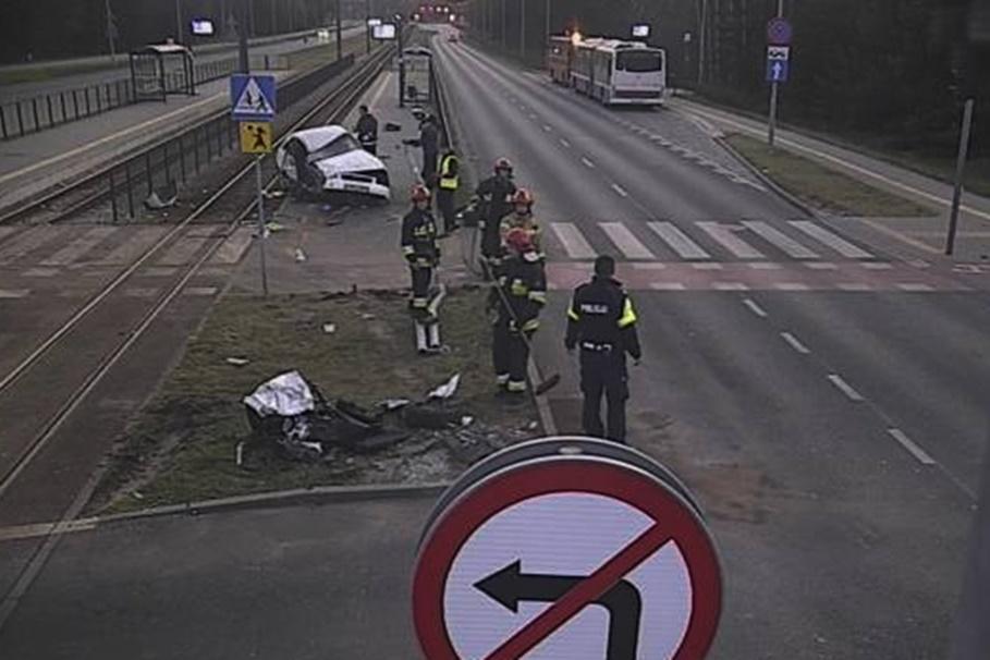 9-04-2020_ wypadek Akademicka-Romanowskiej Bydgoszcz_ ITS-7