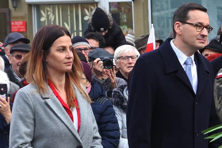 Danuta Dmowska-Andrzejuk, Mateusz Morawiecki - SF