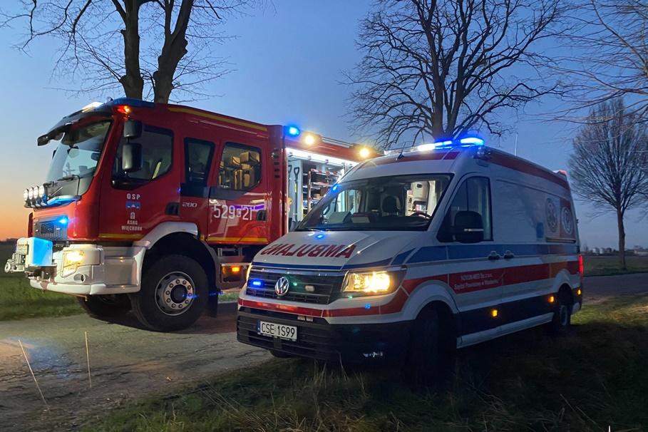 straż pożarna, ambulans-na sygnale-Więcbork112.pl-ratownictwo powiatu sępoleńskiego