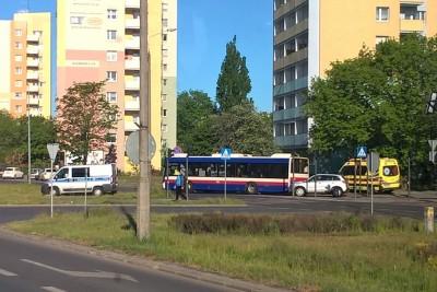 15-05-2020_ wypadek, autobus komunikacji miejskiej linia 57_ Szubińska Bydgoszcz - SF