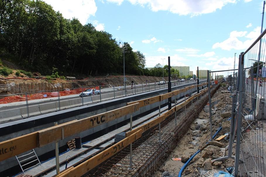 30-05-2020_ budowa linii tramwajowej_ Kujawska, rondo Bernardyńskie Bydgoszcz - JS (38)