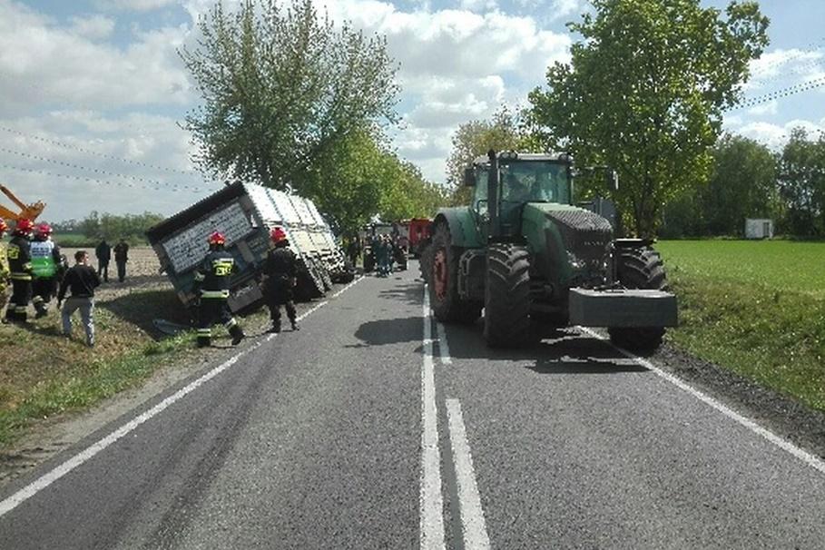 7-05-2020_ wypadek DK62 Janocin_ KPP Inowrocław-1