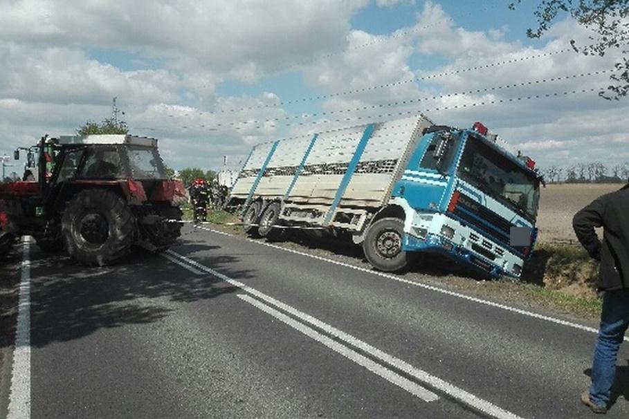 7-05-2020_ wypadek DK62 Janocin_ KPP Inowrocław