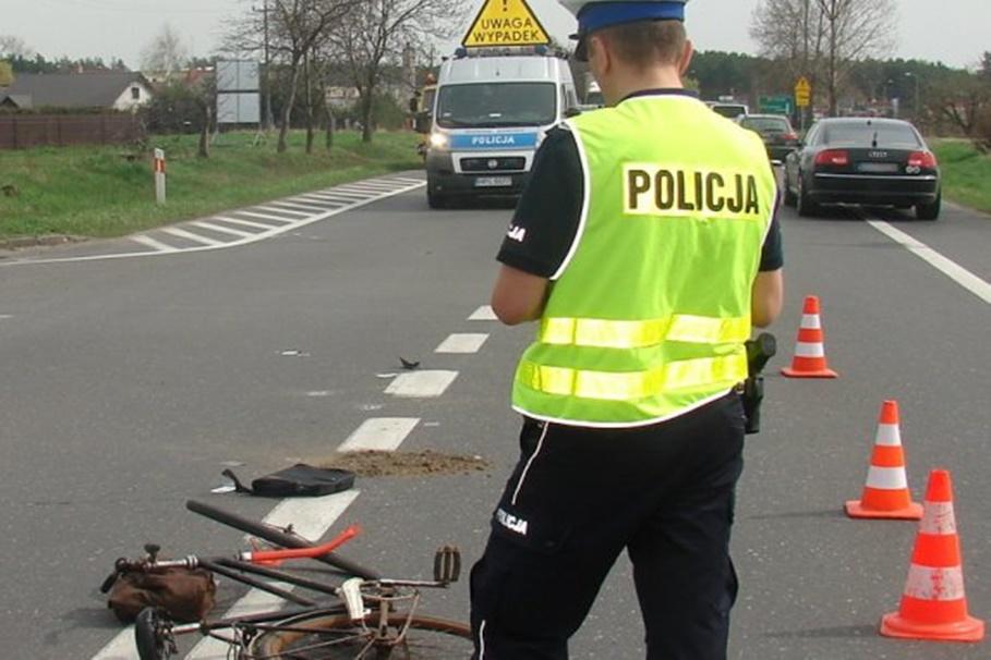 policja_na sygnale_wypadek_KMP Bydgoszcz