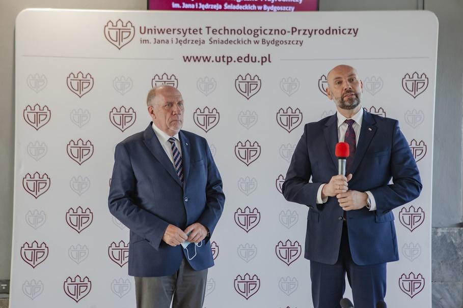 1-06-2020_ Tomasz Topoliński, Sebastian Chwałek - UTP Bydgoszcz