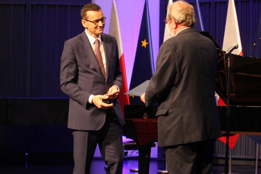 22-06-2020_ konferencja, Akademia Muzyczna Bydgoszcz_ Mateusz Morawiecki, prof. Jerzy Kaszuba - SF
