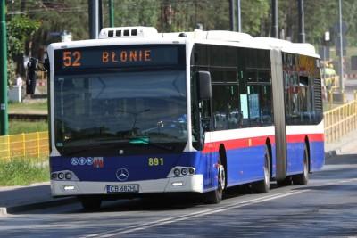 Autobus - linia 52, kierunek Błonie - SF