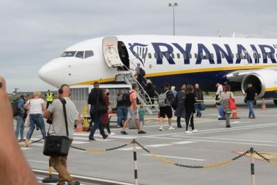 1-07-2020_ Port Lotniczy Bydgoszcz_ lotnisko_ lot Bydgoszcz-Londyn_ samolot_RyanAir_ SF