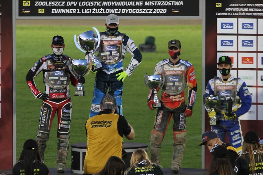 13-07-2020_Indywidualne Mistrzostwa I Ligi Żużlowej_podium_Peter Ljung, Nicolai Klindt, David Bellego, Chris Holder - SF
