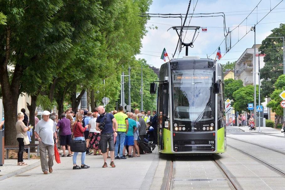 2-07-2020_ tramwaj Pesa Twist_ przejazd, Gorzów Wielkopolski - mat. UM Gorzów Wielkopolski (3)