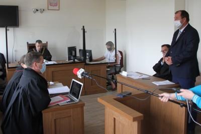 23-07-2020_proces_Bogdan Dzakanowski_Sąd Rejonowy Bydgoszcz_zniszczenie banerów_KOD - SF-1