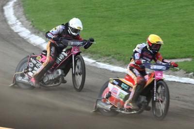 8-07-2020_ żużel, Tauron Speedway Euro Championships - Bydgoszcz - bieg 10 - Kai Huckenbeck (b), David Bellego (ż)_ Abramczyk Polonia Bydgoszcz - SF