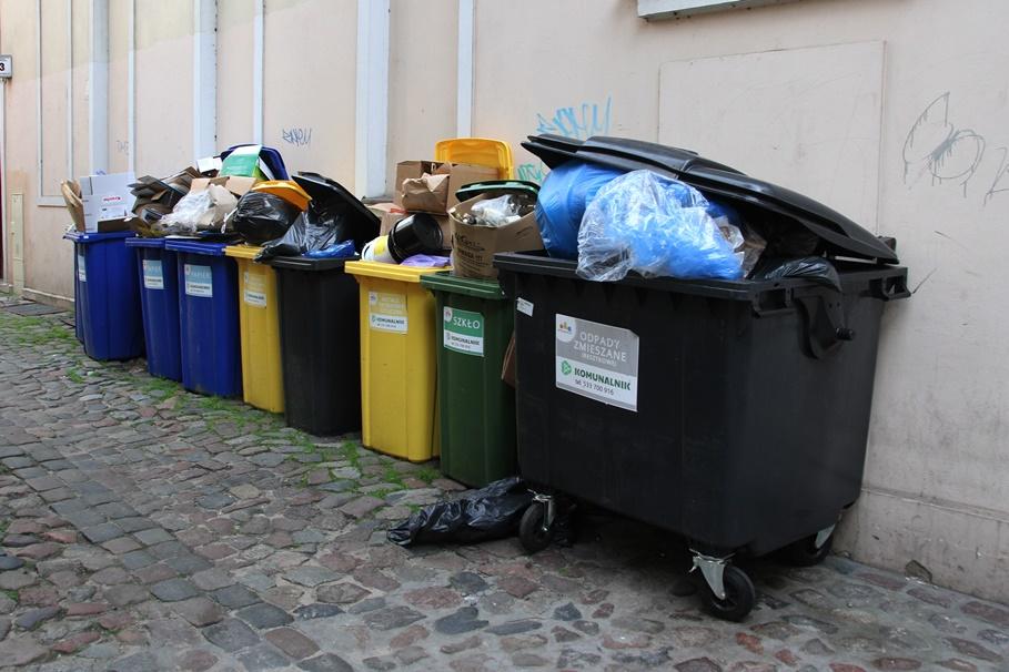 Komunalnik_ Śmieci_Odpady_Bydgoszcz - SF