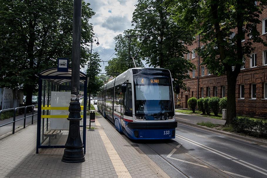 Tramwaj_linia 4_chodkiewicza_SM