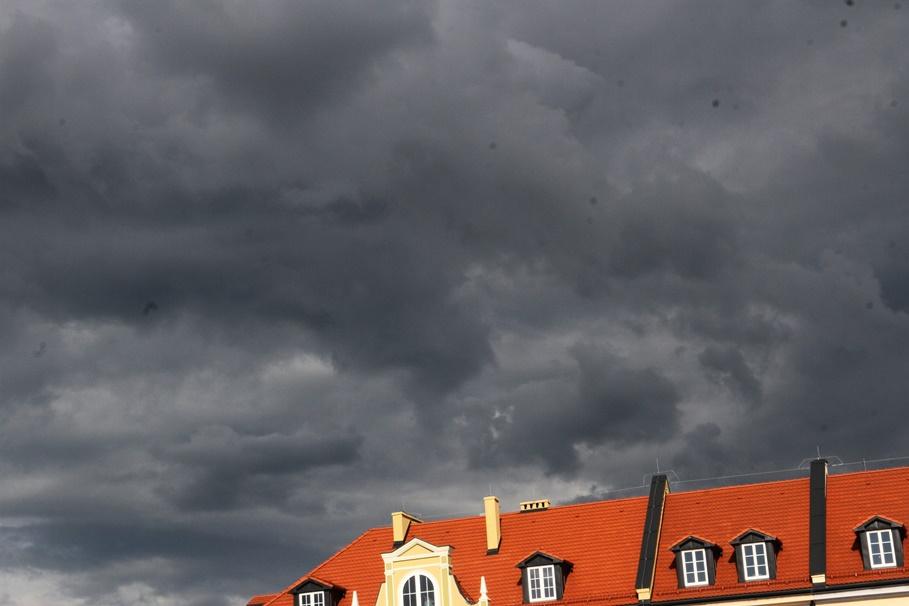 pogoda_Bydgoszcz, Białe Błota, Osielsko_burza_chmury_deszcz -SF