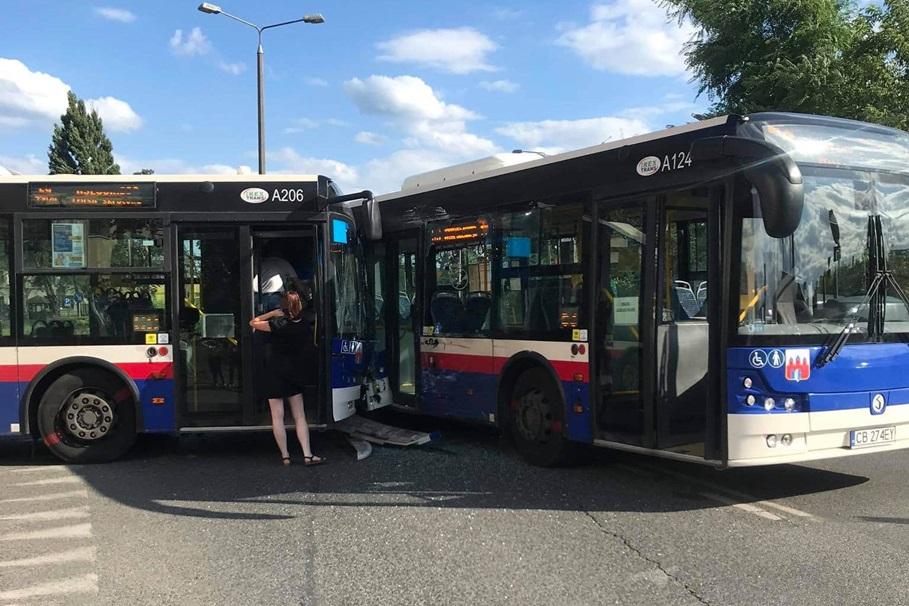 zderzenie, autobusy, irex trans - nadesłane