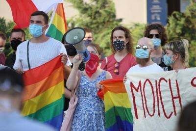 8-08-2020_ pikieta, środowiska LGBT, Stan Równości_Bydgoszcz - SF (17)