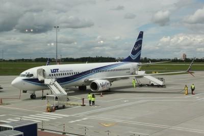 Port Lotniczy Bydgoszcz_Samolot_PLL LOT - SF