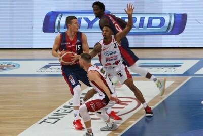 13-09-2020_koszykówka, Energa Basket Liga_Enea Astoria Bydgoszcz - King Szczecin_Corey Sanders, Mateusz Bartosz - SF