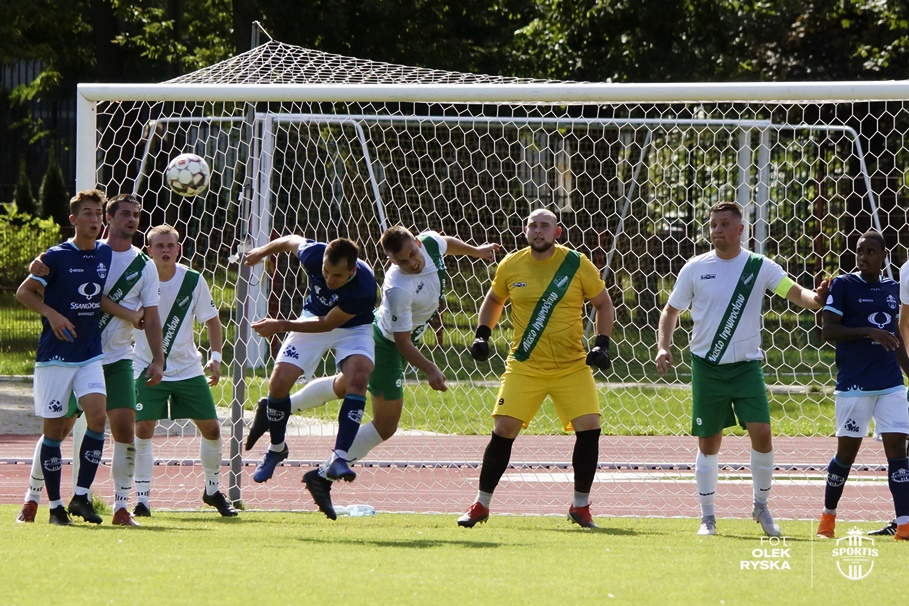 6-09-2020_piłka nożna, IV liga_Cuiavia Inowrocław - Sportis Łochowo - AR (21)