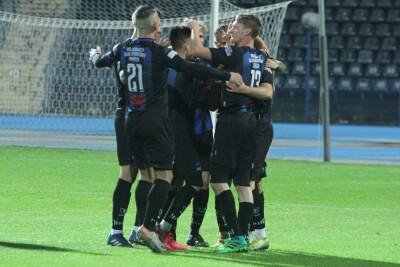 10-10-2020_piłka nożna_IV liga kujawsko-pomorska_SP Zawisza Bydgoszcz - Budowlany KS Bydgoszcz - SF-13