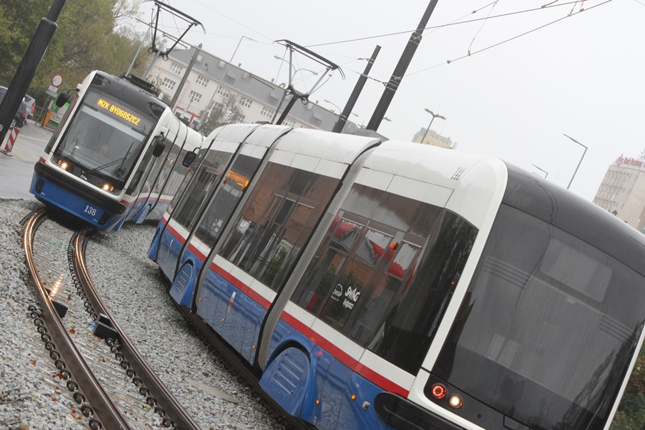 14-10-2020_tramwaje_testy_przejazd_rondo Kujawskie_rondo Bernardyńskie_Bydgoszcz - SF (17)