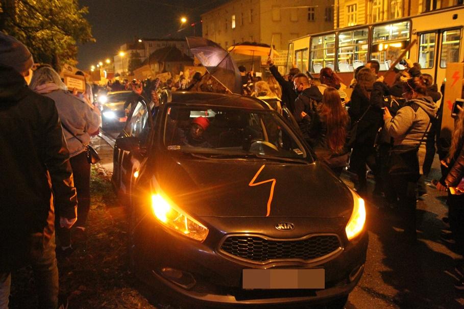 26-10-2020_pikieta_Bydgoszcz_Strajk Kobiet - SF (53)