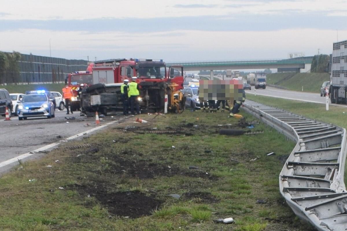 30-09-2020_wypadek, autostrada A1 Czerniewice_KMP Włocławek-1