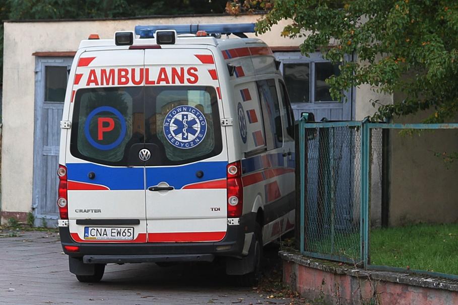 Koronawirus_Kujawsko-Pomorskie_Nowy Szpital_Szubin_Ambulans_Karetka_Pogotowie Ratunkowe- SF (3)