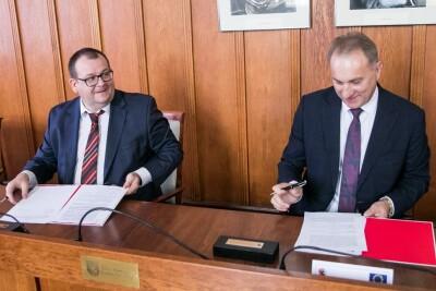 Podpisanie umowy_DW254_Andrzej Goinski KPUM