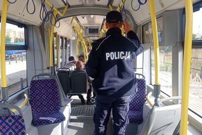 kontrola_policja_maseczki_tramwaj_KWPBydgoszcz