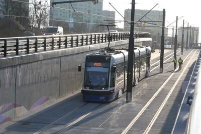 20-11-2020_budowa_linia tramwajowa_Kujawska Bydgoszcz_przejazd testowy_tramwaj - SF (8)