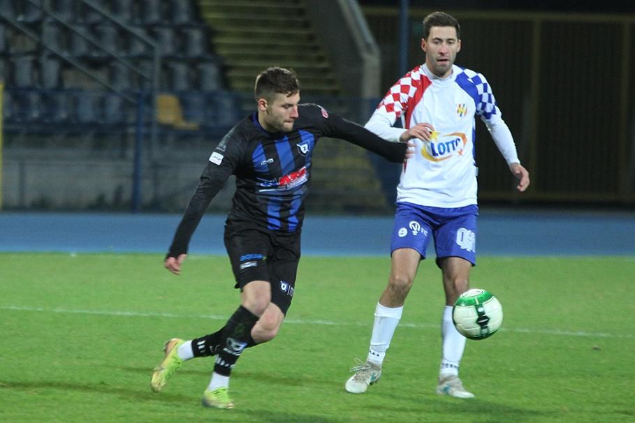 28-11-2020_piłka nożna_IV liga_SP Zawisza Bydgoszcz - Włocłavia Włocławek - SF (16)