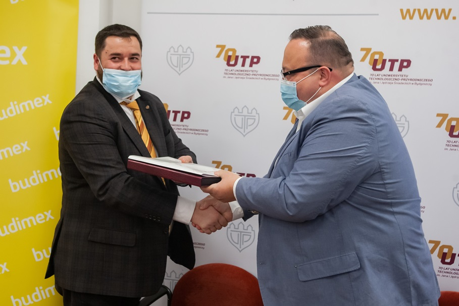 podpisanie_umowy_z_budimexem_fot_Ryszard_Wszołek_103