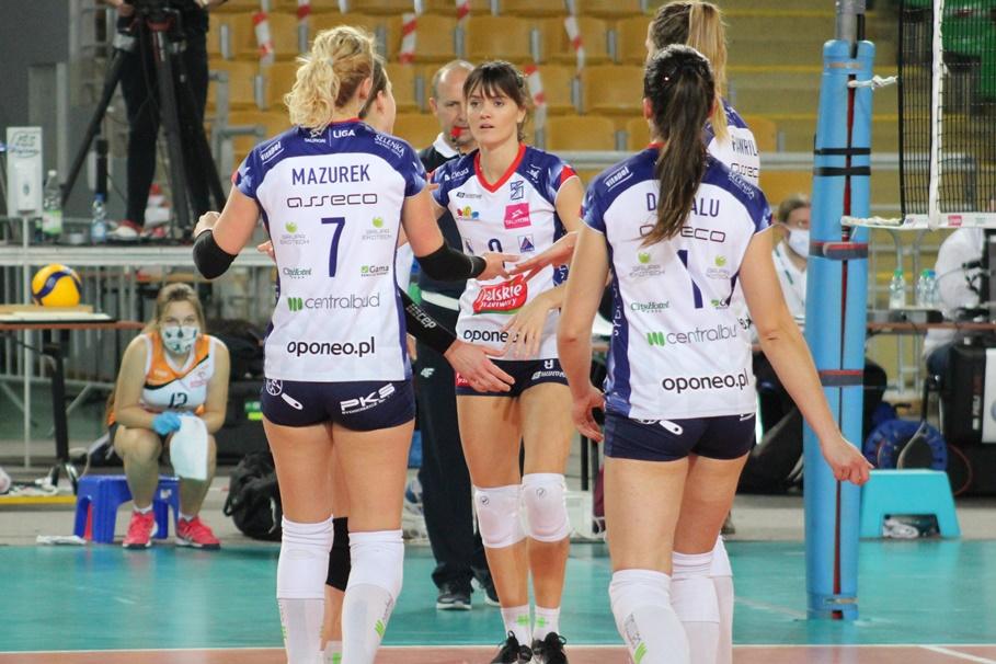 6-12-2020_siatkówka_Tauron Liga Siatkarek_Polskie Przetwory Pałac Bydgoszcz - E.Leclerc Moya Radomka Radom - JS (5)