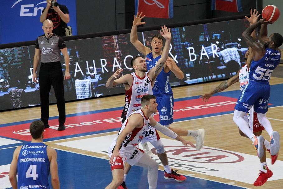 15-01-2021_koszykówka_Energa Basket Liga_Enea Astoria Bydgoszcz - HydroTruck Radom_Jabarie Hinds - SF-1