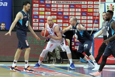 8-01-2021_koszykówka_Energa Basket Liga_Enea Astoria Bydgoszcz - Polski Cukier Toruń_Adrian Bogucki, Damian Kulig - SF-1