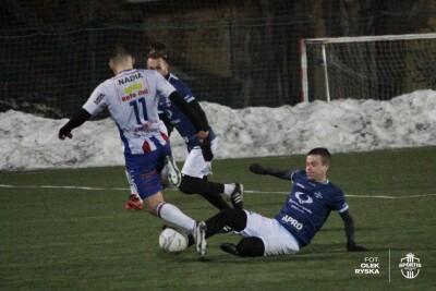 21-02-2021_piłka nożna_sparing_Sportis Łochowo - Pomorzanin Toruń_AR (36)