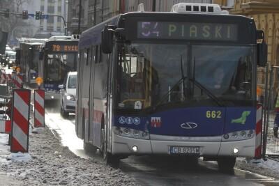 Autobus - linia 54, kierunek Piaski - SF