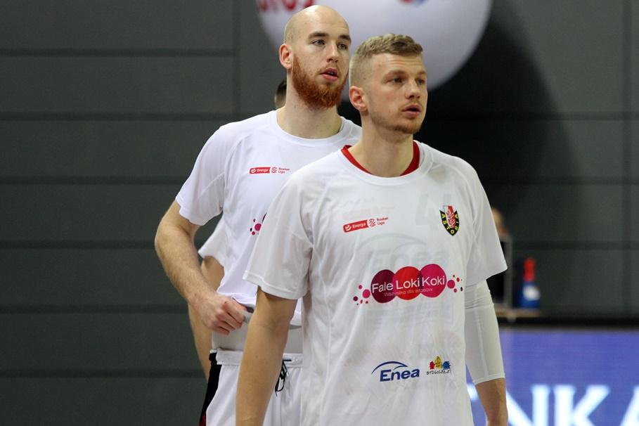 Paulius Dambrauskas, Adrian Bogucki