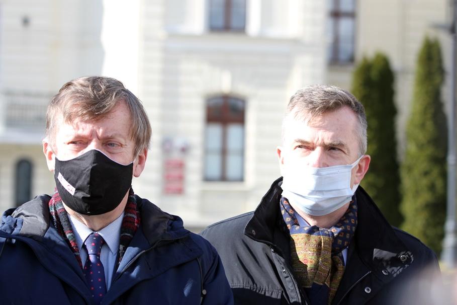 Jan Szopiński, Dariusz Wieczorek