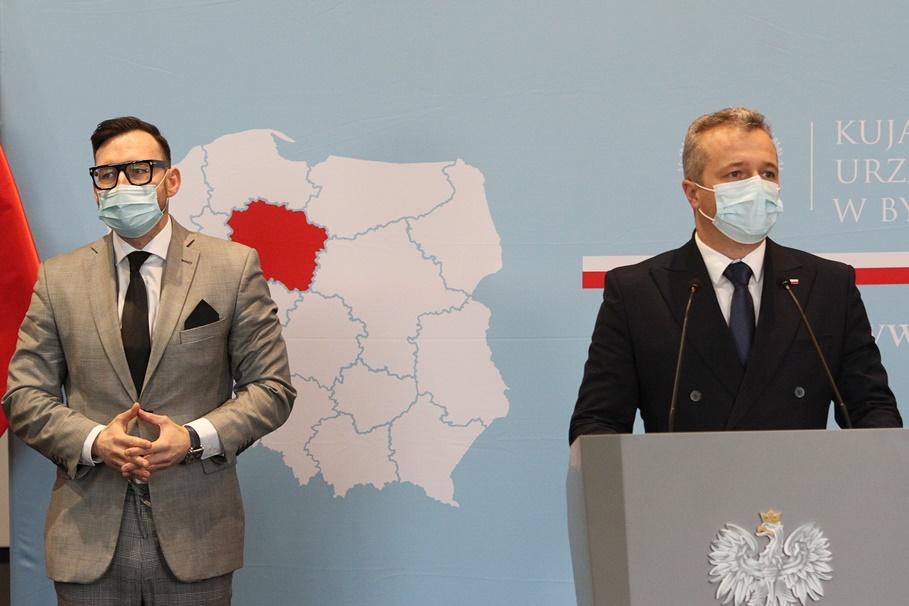 Mikołaj Bogdanowicz, Paweł Rajewski