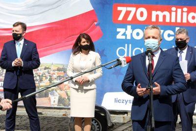 Mikołaj Bogdanowicz, Łukasz Schreiber, Ewa Kozanecka, Piotr Król