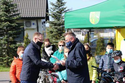 Dariusz Fundator, Zbigniew Ostrowski